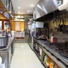 清潔な厨房。衛生管理に努めています。